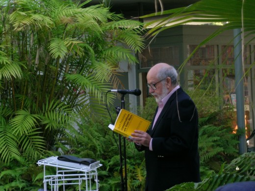 Author Burt Prelutsky reading a selection from his new book