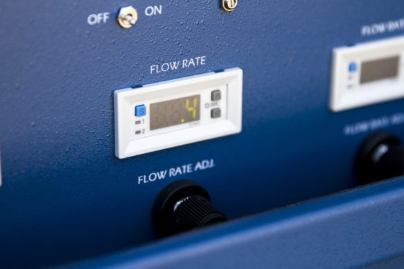 4-point system, close-up on digital flow switch